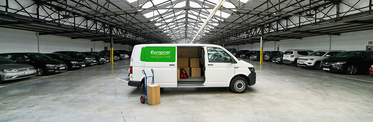 11 12 19 Europcar 06 Great Service Vans Trucks 29
